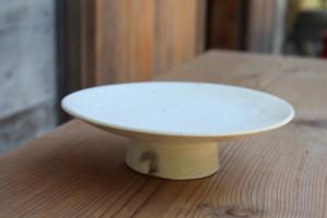 花岡隆|粉引石目高台皿(18.3cm)全体画像